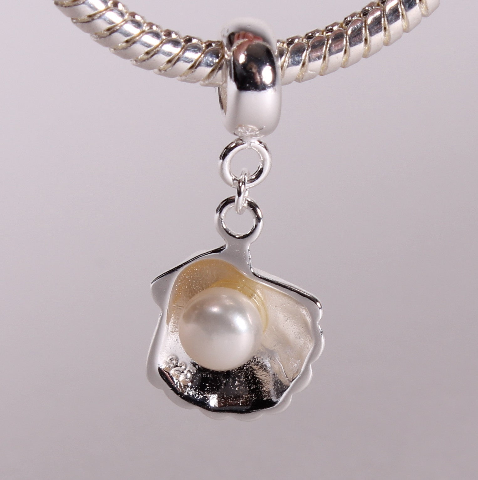 Silver Shell Pearl