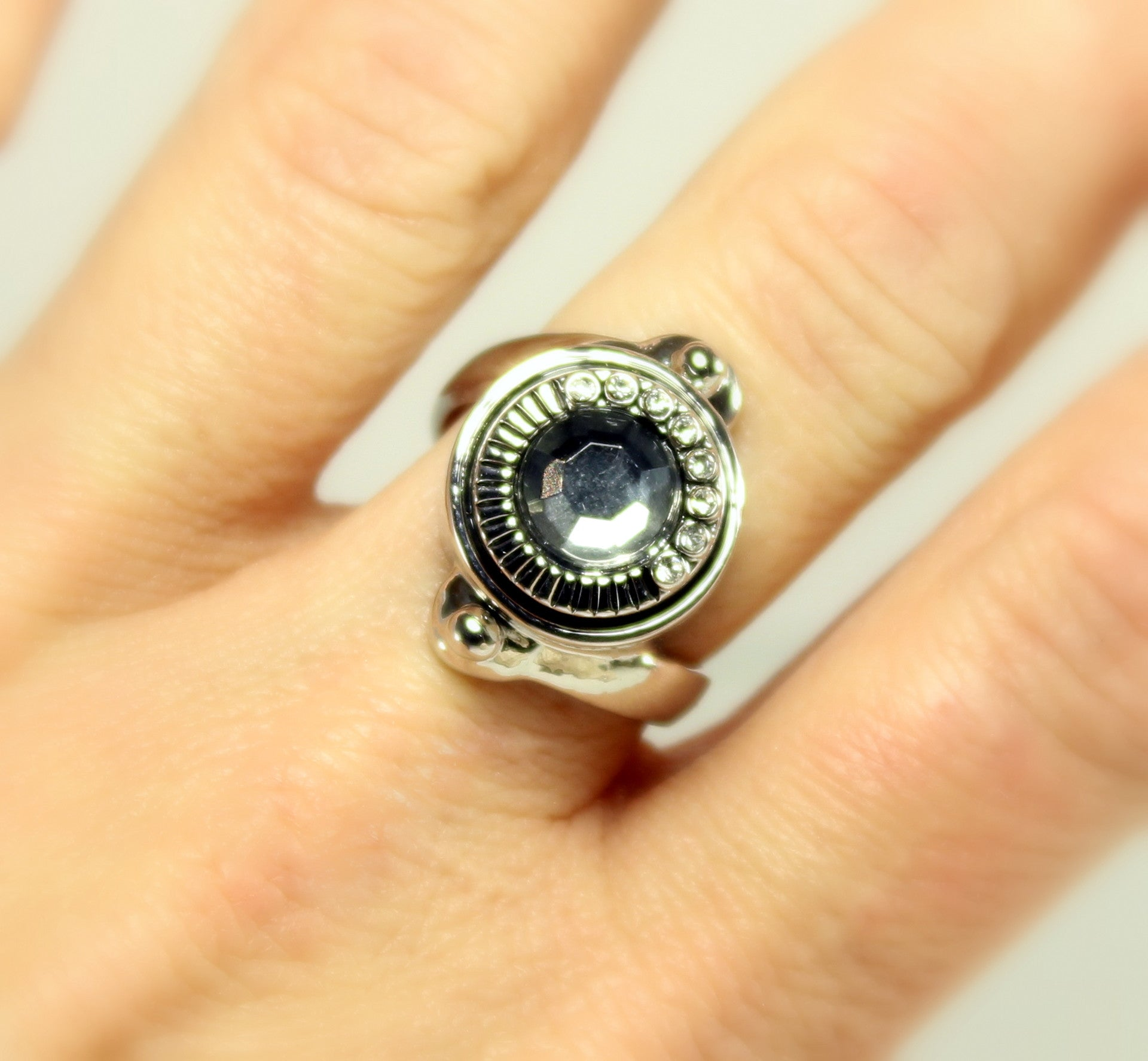 Sparkle Snap Ring-Size 8 (fits small 12mm Sparkle Snaps only)