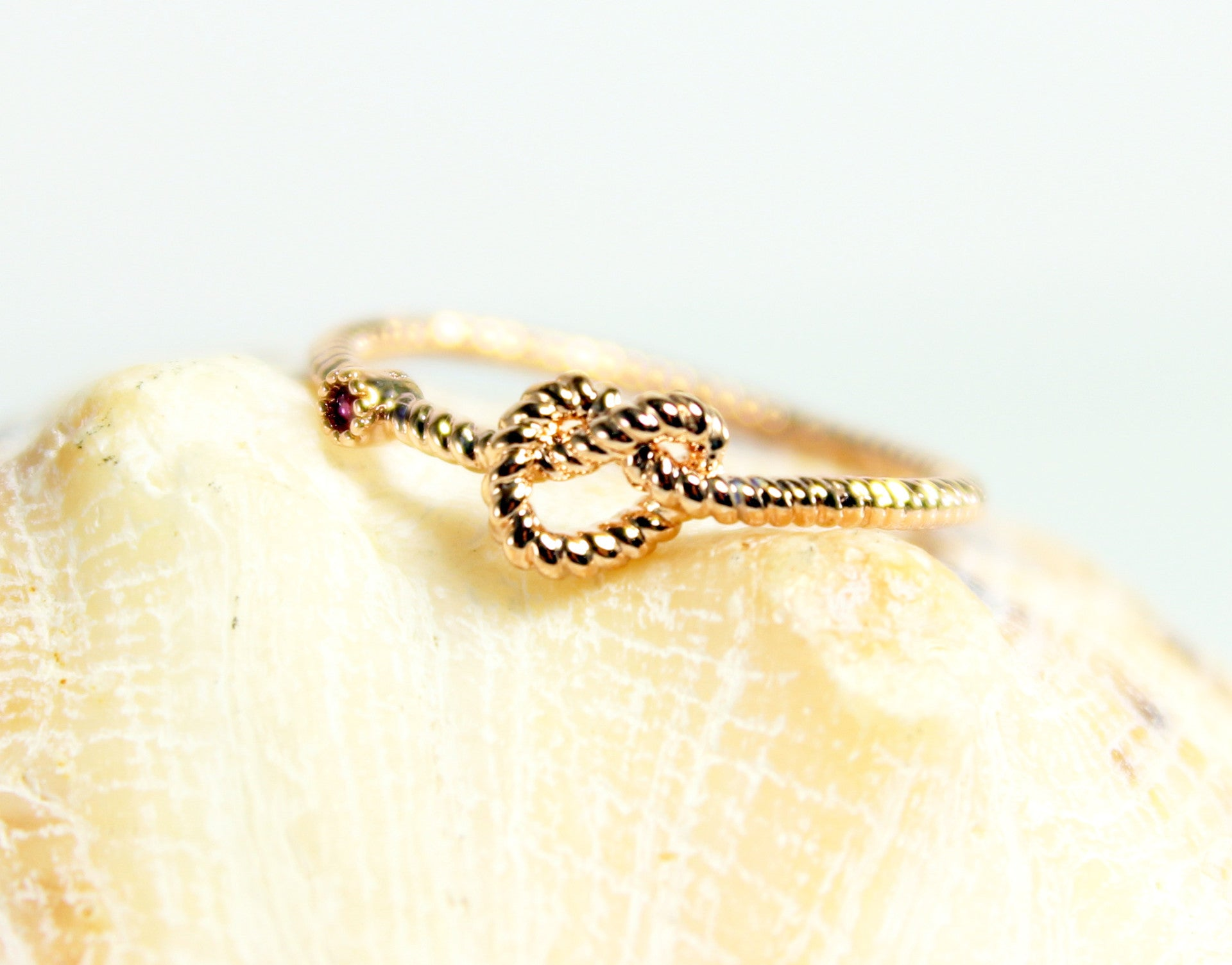 Elegant Rose Gold Love Knot Ring