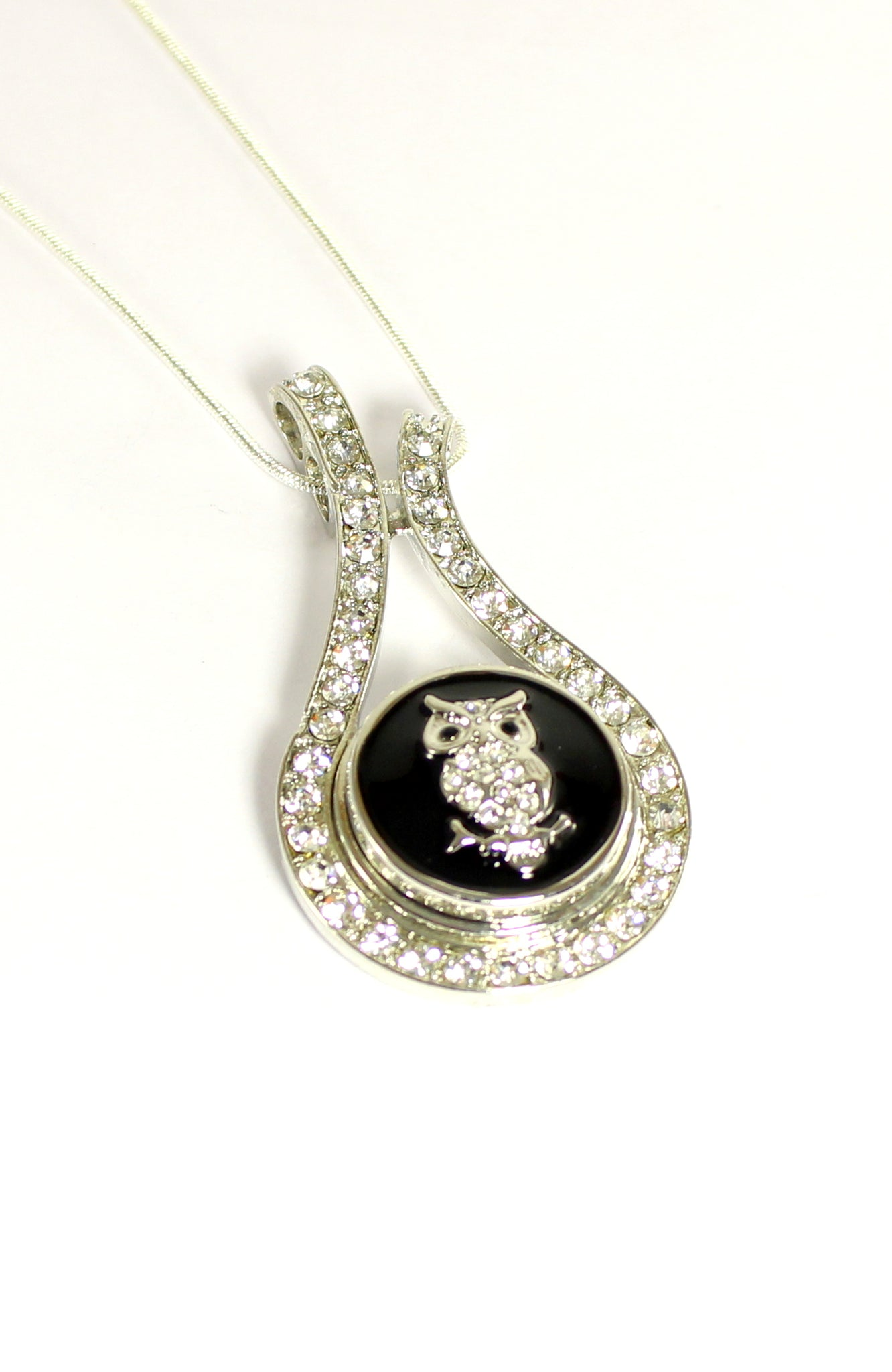 Sparkle Snap Diamonds on Fire  Pendant and Necklace Set