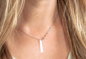 Silver Shay Bar Necklace With Half Side Link
