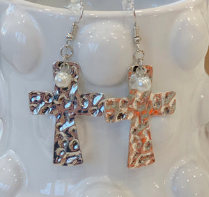 Hammered Silver cross earrings with pearl