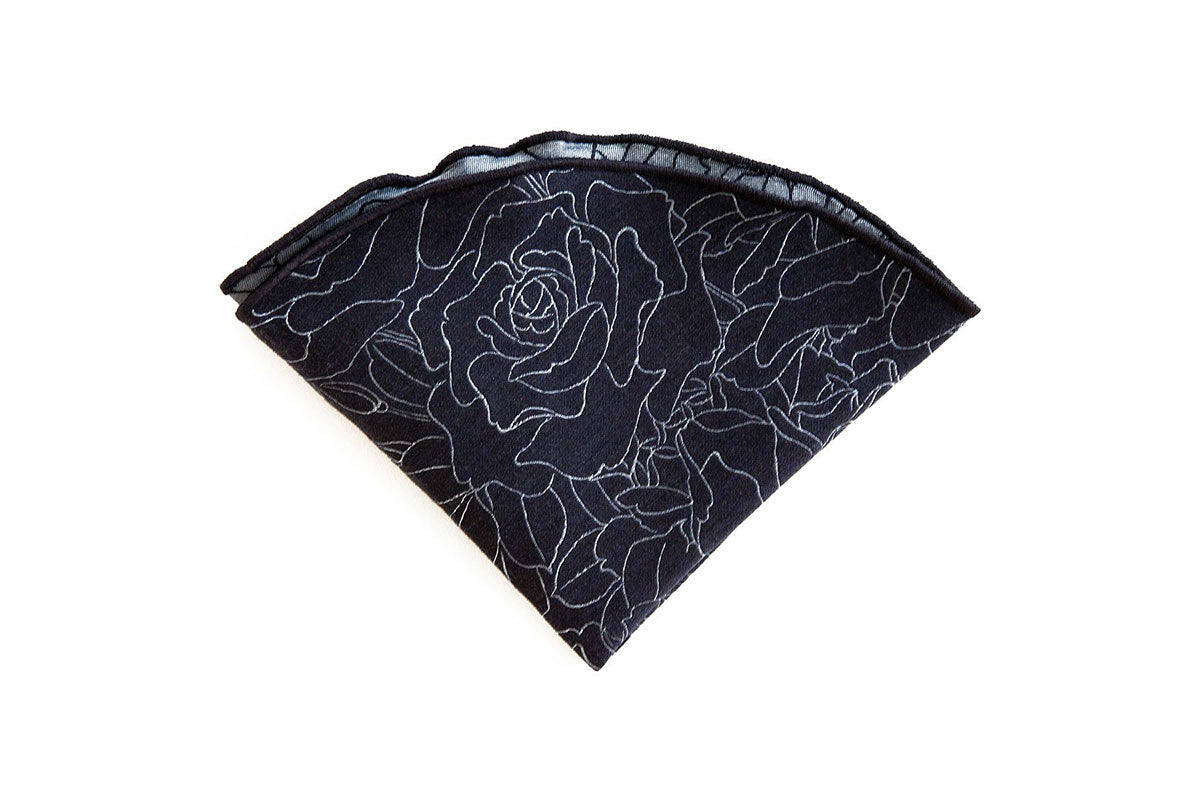 The Rose Weave Pocket Round