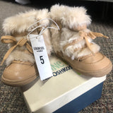 Osh Kosh size 5 child toddler boot - Unusual Finds Discount Store