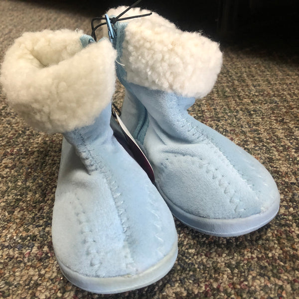 Clearance Child Boot Slipper No Skid SZ L 9-10 - Unusual Finds Discount Store