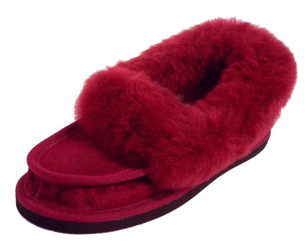 Ladies Classic Slippers - Burgundy