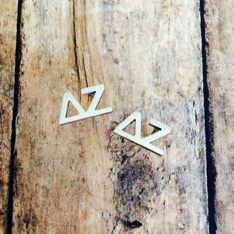 Delta Zeta Letter Stud Earrings (Silver)