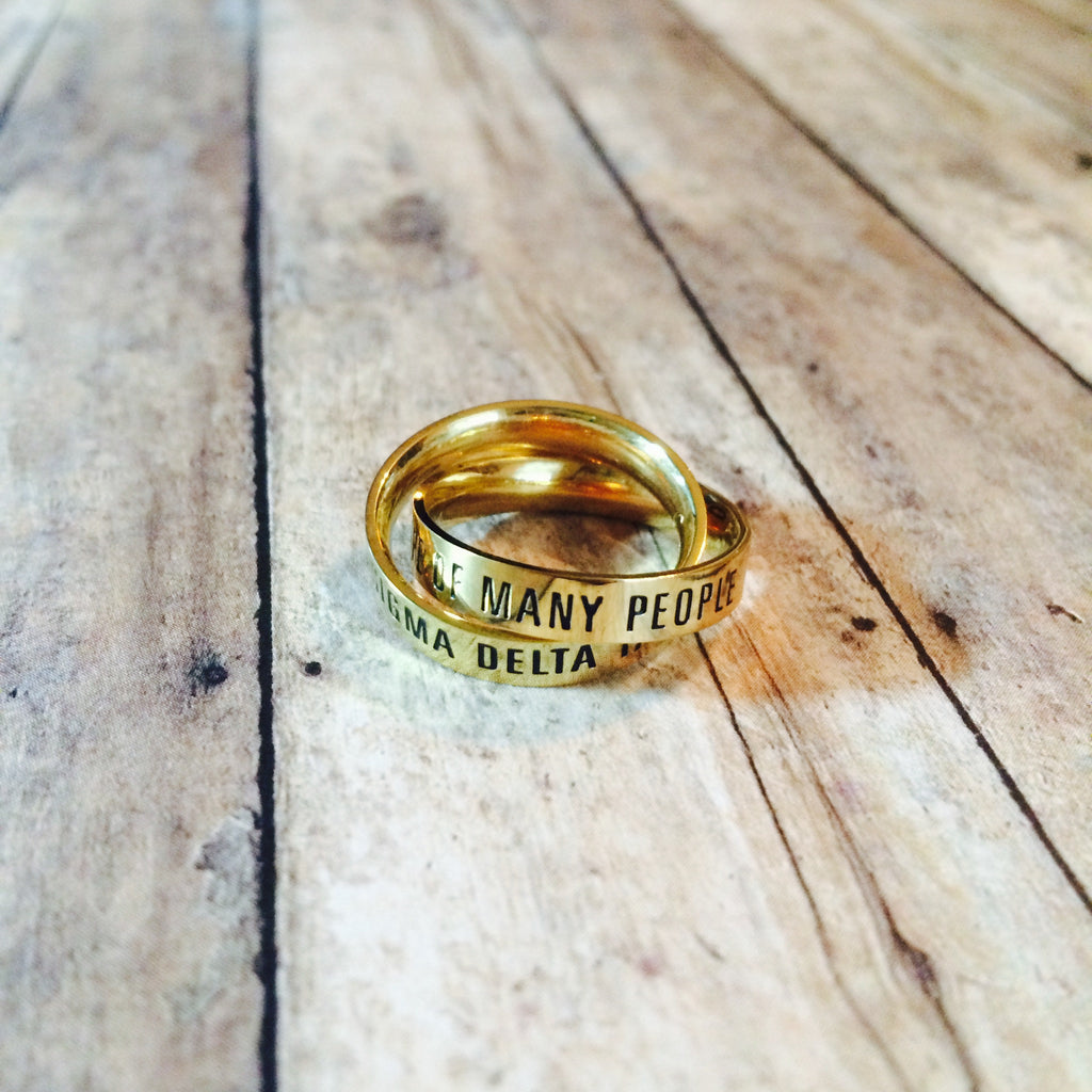 Sigma Delta Tau Interlocking Quote Rings (Gold)