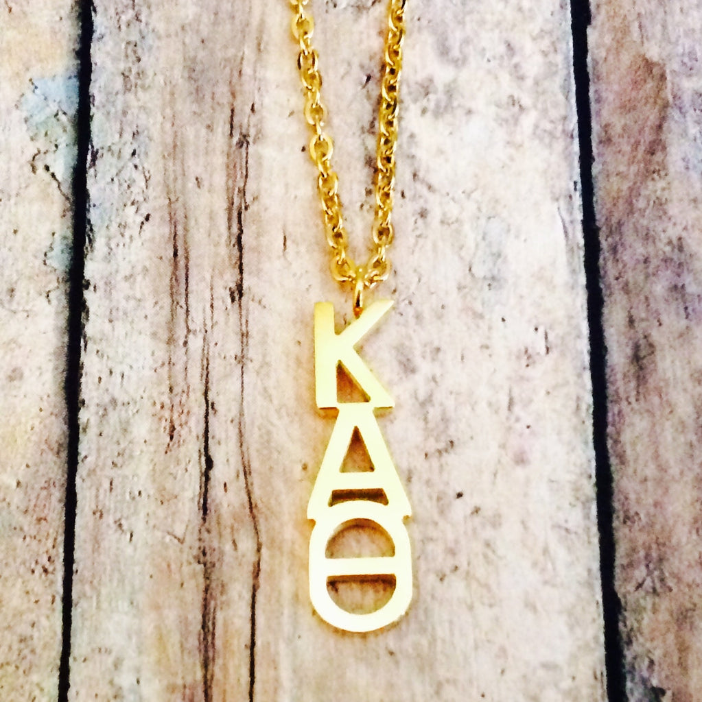 Kappa Alpha Theta Classic Letter Necklace (Gold)