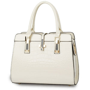 Cream ladies hand bag european style with crocodile pattern