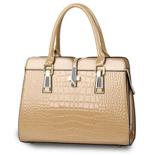 Load image into Gallery viewer, Beige ladies hand bag european style with crocodile pattern