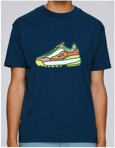 SOLERESPONSIBILITY ILLUSTRATED SINGLE TRAINER TEE FRENCH NAVY