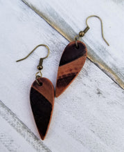 Load image into Gallery viewer, Burned Wood Tear Drop Earrings