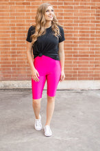 Load image into Gallery viewer, Bermuda Leggings | Hot Fuchsia