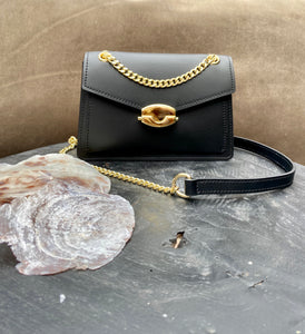 LEATHER BAG 'LOÉ LOVE' ZWART