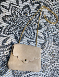 MINI SUÈDE BAG 'LOVELY CHAIN' BEIGE