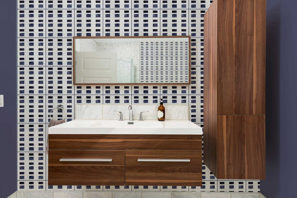 grout-color-matched-to-tile-accent-color