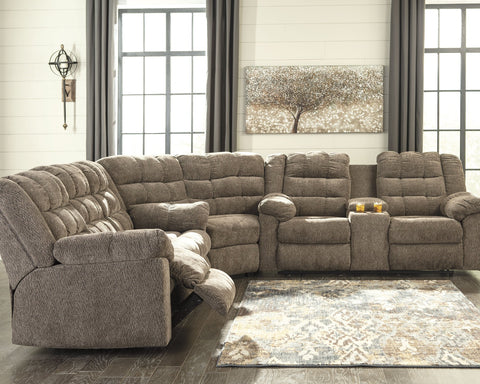 Workhorse Signature Design by Ashley 3-Piece Reclining Sectional image