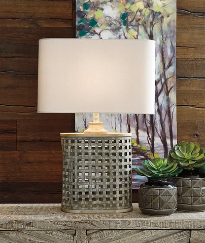 Deondra Signature Design by Ashley Table Lamp
