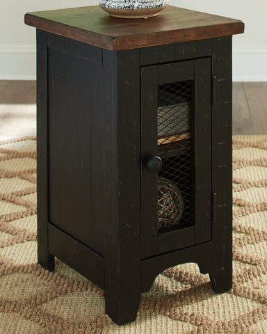 Valebeck Signature Design by Ashley End Table Chair Side image