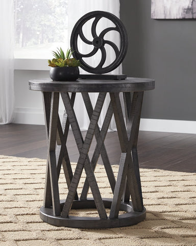 Sharzane Signature Design by Ashley End Table image