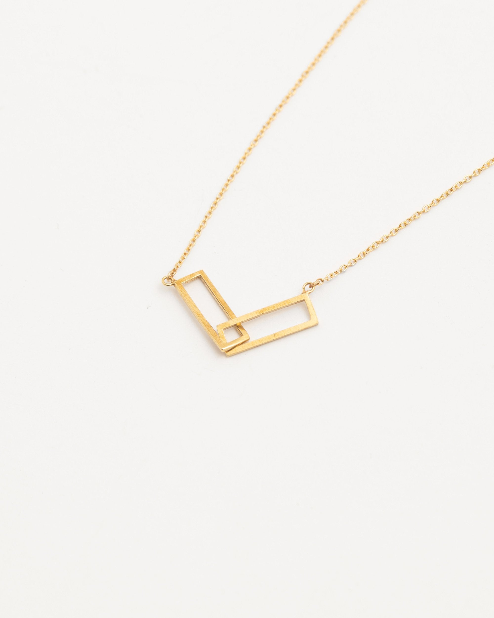 disc necklace auree chains westbourne gold on chain jewellery three trio rose colour pendants