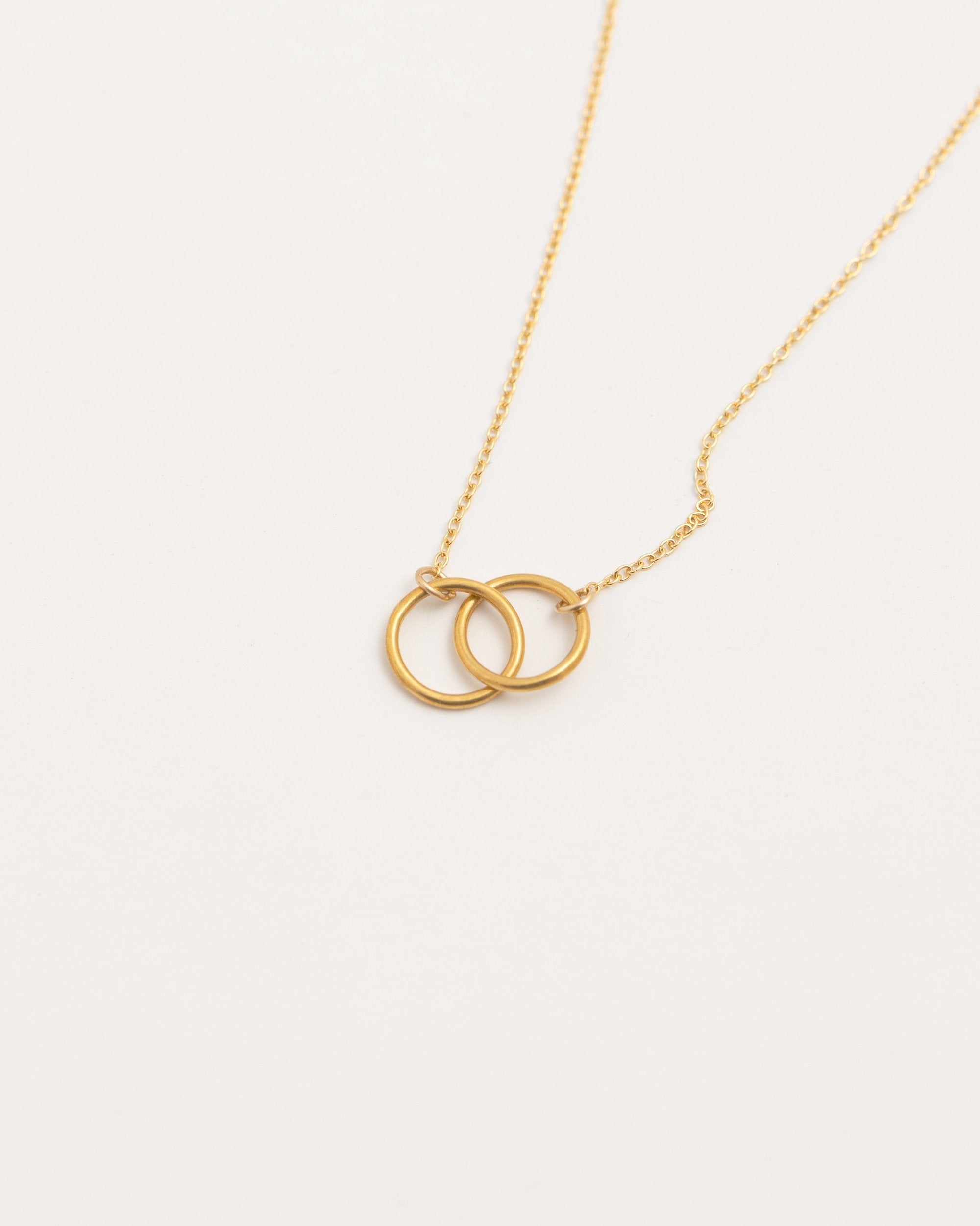 Modern Citizen | Modern Citizen-14K Gold Interlocking Ring Necklace (Gold)-Necklaces-One Size-Gold- $110