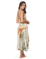 Wave Skirt Dusk Fall Sky. Hand-Dyed Beach Skirt In Dusk Fall Sky. Entreaguas