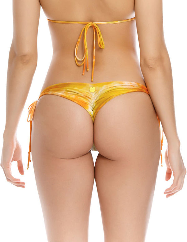 Soil 2 Bottom. Hand-Dyed Tie Side Bikini Bottom In Spotted Tangerine. Entreaguas