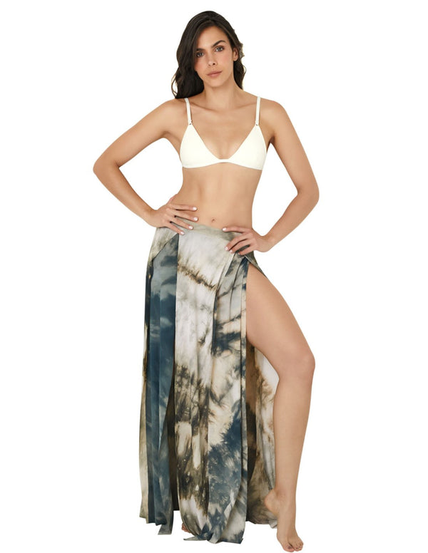 Forest Skirt. Hand-Dyed Beach Skirt In Forest. Entreaguas