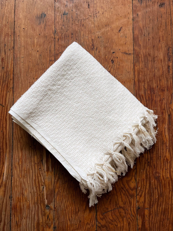 Towel in Ivory/Gold
