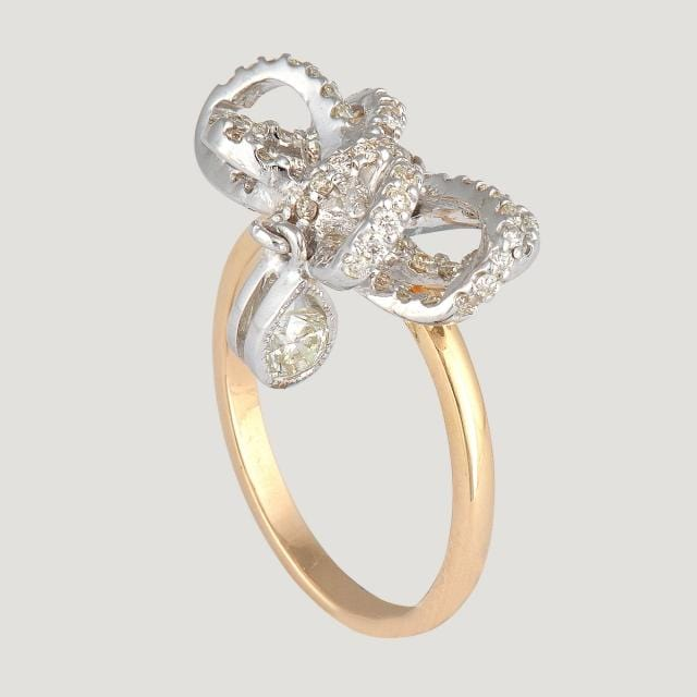 14K Gold Bow Shape Ring With Diamond (0.63 K)