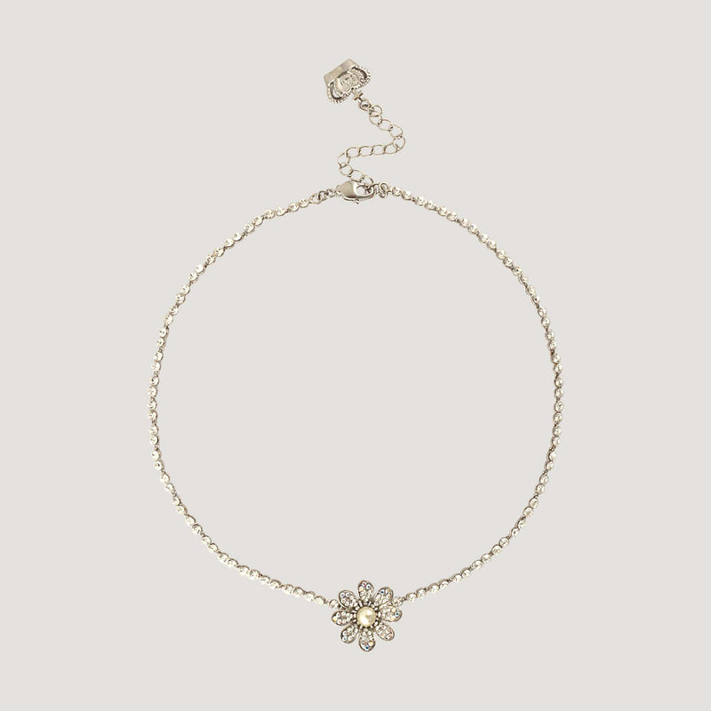 Delicate Flower Chain Necklace