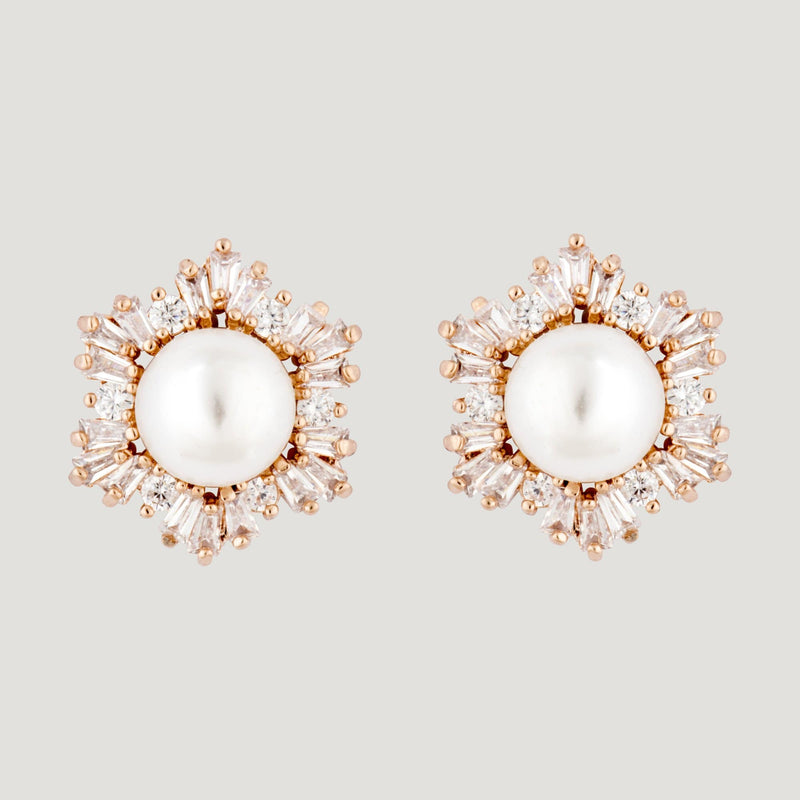 Center Pearl Side Crystal Earrings