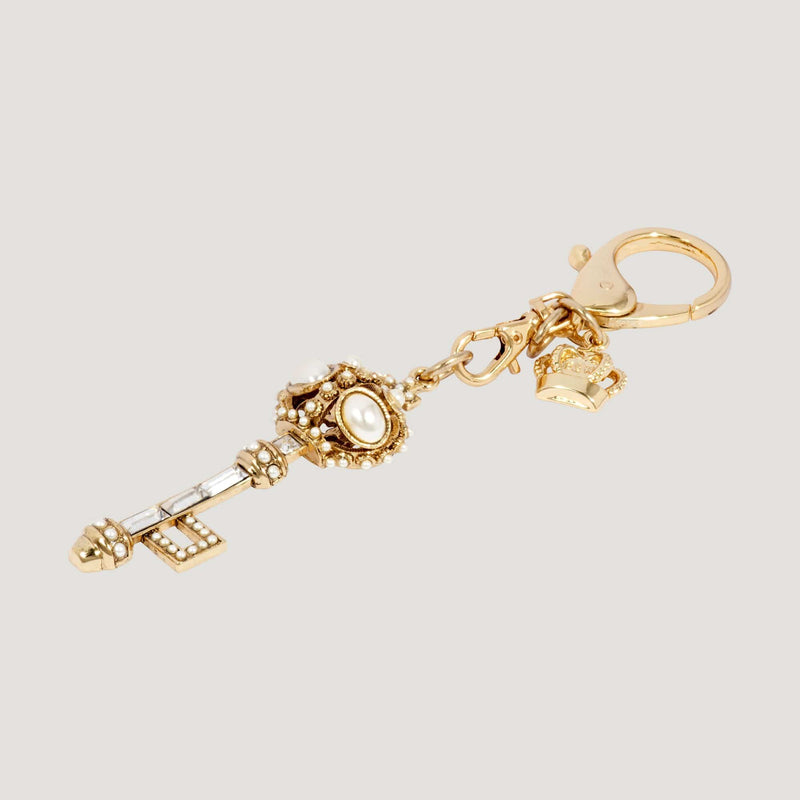 Vintage Look Key Shape Keyring