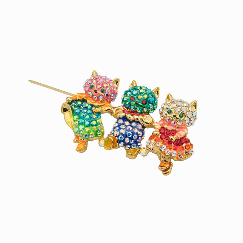 Three Happy Cats Brooch