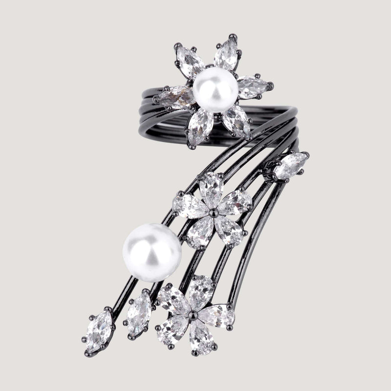 Crystal Flowers  and Pearls Ring