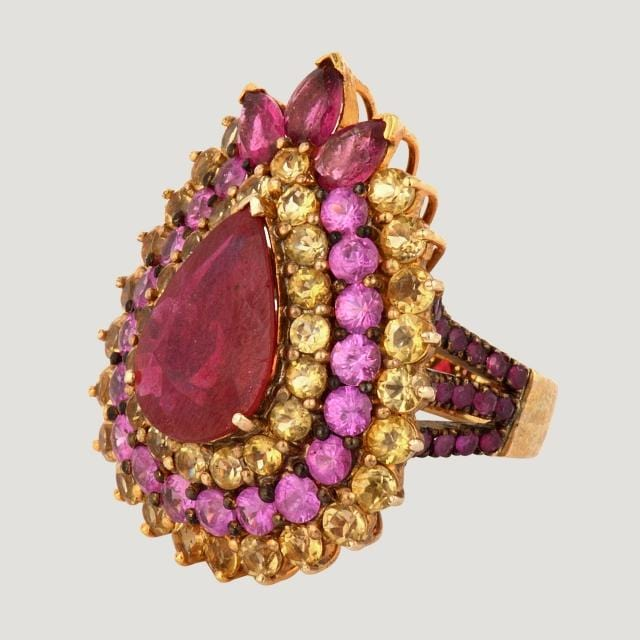 Pear Shape Ruby (7.1 karat) Gold Plated Silver Ring with Ruby and Citrine (7.6 karat)