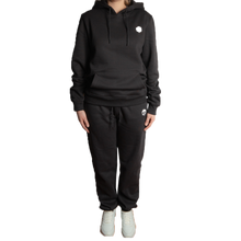 "Laden Sie das Bild in den Galerie-Viewer, Heavy Cotton Hoodie ""Smolik"" - Schwarz"