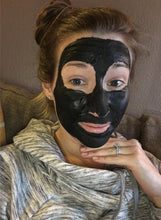 Load image into Gallery viewer, Organic Activated Charcoal Face Mask