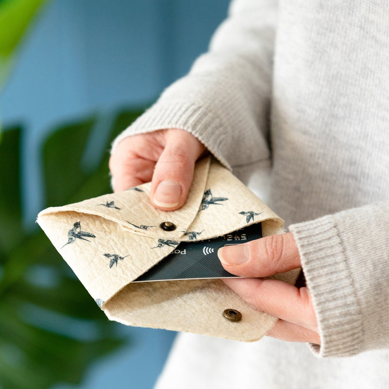 Piñatex Illustrated Hummingbird Card Holder