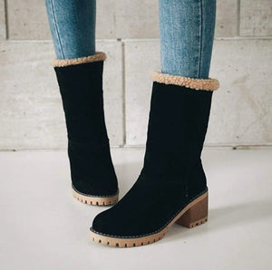 NORWY - Warm suede ankle boots
