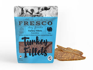 A fresco turkey fillet bag with example turkey fillets at the side