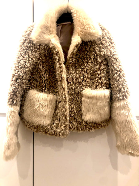 Custommade jakke i fake fur