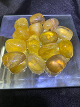 Load image into Gallery viewer, Yellow Fluorite Tumbled