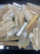 Load image into Gallery viewer, Imperial Quartz Raw