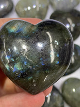 Load image into Gallery viewer, Labradorite Puff Heart