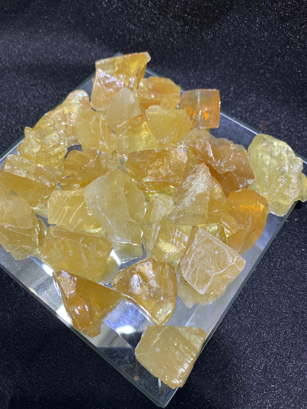 Honey Calcite Raw - 4 Stones