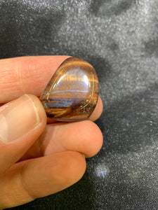 Red Tiger's Eye Tumbled