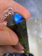 Load image into Gallery viewer, Labradorite Pendulum (6 Sides)